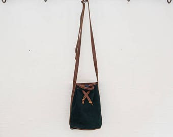 Little Bag bucket bag shape .