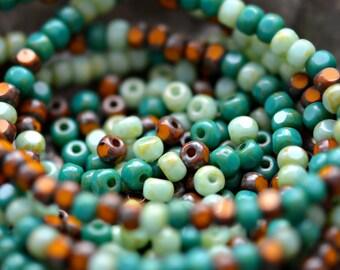 Neue Horizonte - Premium-Glas-Perlen, Licht, dunkle opak Türkis, Senf, Picasso-Finish, Trica geschnitten Mix 4x3mm - Pc 50