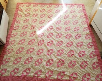 Vintage Handmade Summer Quilt, Pink and White Triangle Pattern, Cotton, Hand Tied, Shabby Beauty