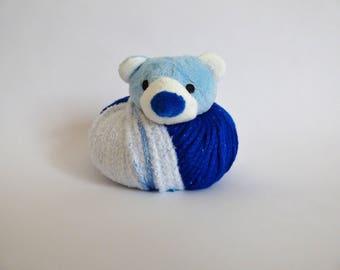 Hat top this Teddy bear Kit