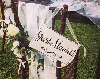 WEDDING SIGNS | Just Maui'd | Bride and Groom | Mr and Mrs | Wood Wedding Signs | 6 x 11.5