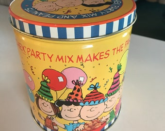 Vtg 1990 Charlie Brown Snoopy Lucy Peanuts Tin For Chex Mix Party Orig Box