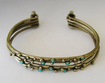 Turquoise stones cuff, Stacking brass cuffs, thin cuffs, Cuff bracelet, multistone bracelet, casual bracelet, blue  - Honey Blues BK6709B