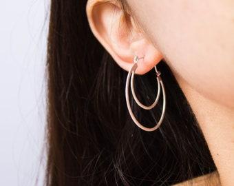 Crescent -earrings (brushed rhodium sailormoon crescent moon earrings)