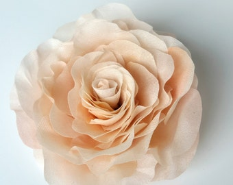 Wedding silk flower headpiece Rose hair clips Beige hair flower Bridal hair accessory Bridal hair barrettes