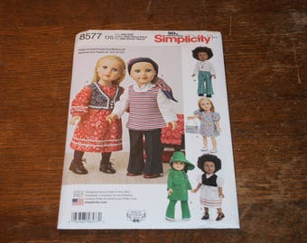 New Simplicity 18' doll Clothes Pattern 8577