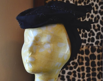 1930s G Howard Hodge Beaded Tilt Hat ~Black Wool Stacked Topper Hat with Elaborate Beading and Self Headband~ : Women's Vintage Hat