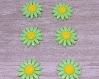 Magnets, Pretty Magnets, 6 pc, Flower Magnets,  Mint yellow, Strong Magnets, Kitchen Decor, Hostess Gift, Flower decor, Office supplies