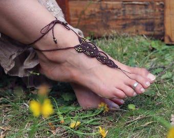 """Slave foot Bohemian micro Brown macrame and beads bronze """"Tirupati"""""""