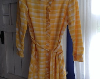 Sunny Bright 60's Daydress - Think Donna Reed and June Cleaver