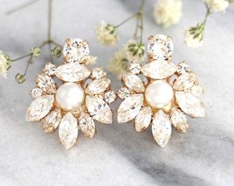 Bridal earrings, Bridal Cluster earrings,Bridal Pearl Earrings, Swarovski Bridal earrings, White Crystal Vintage Earrings, Gift for her