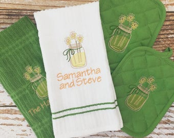 Personalized Kitchen Set, Monogrammed Towels, Embroidered Kitchen Set, Monogrammed Hot Pad, Monogram, Personalized Gift, Housewarming Set