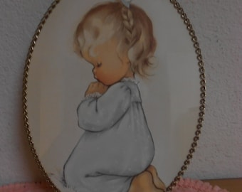 Vintage Flu Cover with beautiful Little Girl in Prayer / Excellent Condition