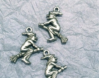 Witch w/broom- 4 pieces-(Antique Pewter Silver Finish)