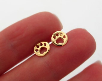 Dog Paw Stud Earrings / Gold Post Studs / Tiny Gold Earring / Delicate Earrings / Paw Studs / Paw Earrings / Gold Studs / Elegant Earrings