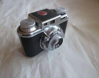 Bolsey B2 Film Camera