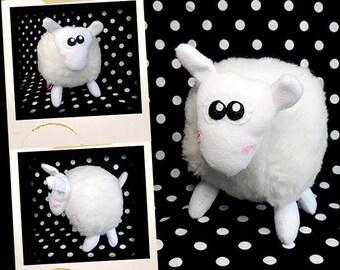 Plush soft APLUCHES white sheep