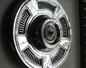 1967 Chevy Chevelle Hubcap Clock No 2613