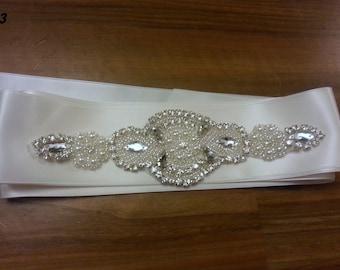 Wedding sash, Bridal belt,  Bridal sash belt,  sparkly crystal jewels beads  sash, Wedding dress sash belt, White Bridal sash,  Ivory sash