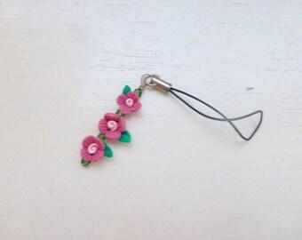 Clay bead zipper pull, beaded cell phone charm, beaded zipper pull, pink flowers, pink floral, spring accessory, gift idea, ready to ship