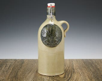 32 oz Beer Growler a ceramic stoneware growler with custom home brew logo for craft beer lovers | Great gift for him!