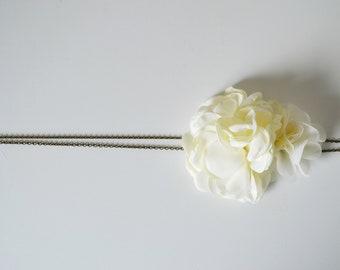 Headband mariée fleurs ivoire mariage bohème, accessoire cheveux mariée ou demoiselles d'honneur mariage champêtre