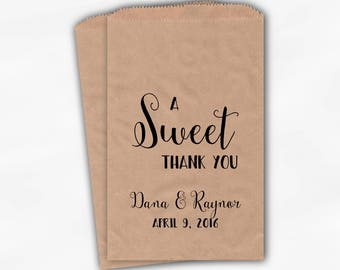 A Sweet Thank You Wedding Candy Buffet Treat Bags - Black Personalized Favor Bags - Set of 25 Kraft Paper Bags (0203)