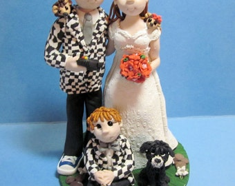 Family Wedding Cake Topper,Custom wedding cake topper, personalized cake topper, Bride and groom cake topper, Mr and Mrs cake topper