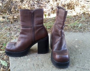 Vintage 90s Candies Brown Platform Zip up Boots Size 8M Shoes