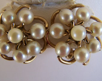 "Vintage 50's ""Van Dell Earrings"" Love Knot with Pearls Clip On Style Yellow Gold Filled"