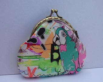 Parrot purse in the moon...