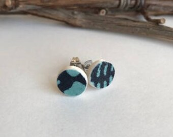 Stud Earrings//Paperclay//earrings//stainless steel//handmade