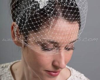 Bridal Veil Set, Ivory Mini Birdcage Veil with Ivory Lace Head Piece, Wedding Veil and Birdcage Fascinator