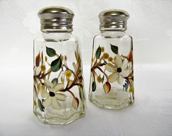Floral salt and pepper shakers, salt and pepper shakers, painted salt and pepper shakers, ivory flowers, kitchen decor