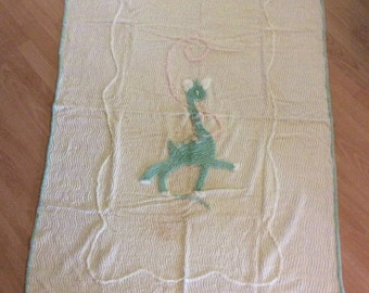 Vintage Chenille Baby Bed Crib Coverlet Giraffe A Quilt top