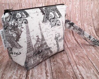 Eiffel Tower Makeup Bag, Cosmetic Bag, Gadget Bag, Zipper Pouch, Travel Bag, Wristlet, Paris fabric, Eiffel Tower, Gift for her