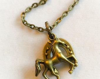 Horse charm necklace, horse, horseshoe, animals, horse charm, horseshoe charm, luck