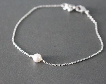 pearl bracelet - minimal - silver
