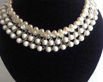 Vintage Bead Necklace 1950s/60s, White Vintage Necklace, Statement Necklace, Plastic Bead Vintage Necklace