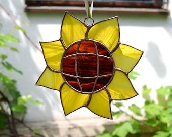 Stained Glass Sunflower Suncatcher Window Hanging - Sunflower Decor Summer Outdoors Yellow Door Garden Porch Hanger - Gardener Gift for Mom