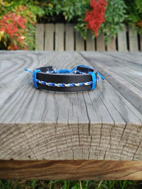 Black LEATHER BRACELET with PARACORD