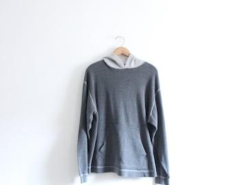 Baggy Grey 90s Hooded Shirt