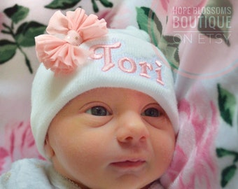 Newborn hat girl - Personalized baby girl hat - newborn hospital hat - baby girl hats - coming home hat  - newborn hat with bow and name