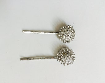 Vintage 60's silver floral pompon hair jewelry bobby pins