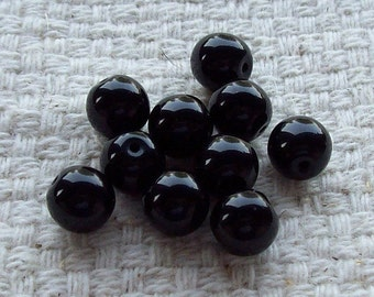 Black Round Glass Beads - 8 mm - Set of 20