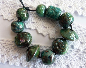 Ceramic beads ~ 10 handmade raku beads, ceramic bead, turquoise green crackle beads, earthenware beads, handmade boho jewellery supplies,