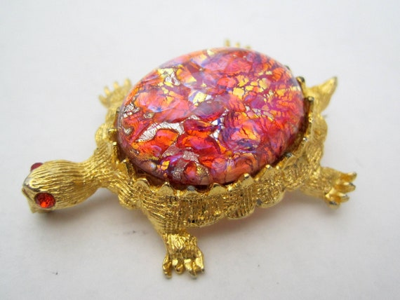 Turtle Brooch,  Red Glass Cabochon, Signed 11 W 30th Street, Turtle Pin