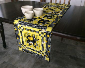 Yellow and Black Quilted Table Runner,  Daisies and Dots Table Decoration, Patchwork Floral Quilt
