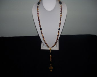 A Beautiful/Wearable Moukite and Black Onyx Rosary. (201507)