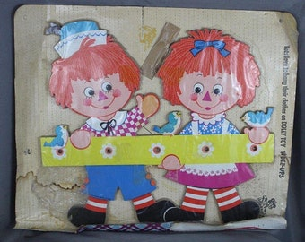 Vintage Dolly Toys Tidee-Ups Raggedy Ann & Andy Hanging Wall Rack
